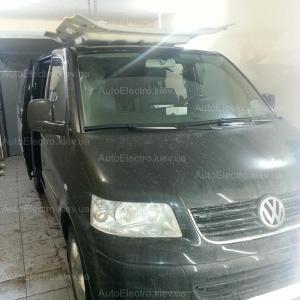 VW Multivan 2008 г.в. - установка автосигнализации, штатной магнитолы, камеры заднего вида и потолочного монитора