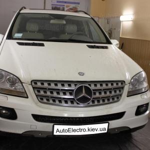 Установка парктроников на Mercedes ML