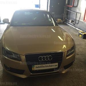 Audi A5 2008 г.в. - установка зеркала видеорегистратора