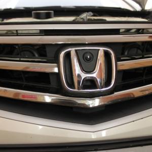 Установка камеры переднего вида для Honda Accord